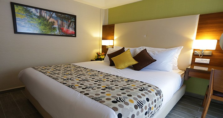 מלון אסטרל וילג' -חדרים