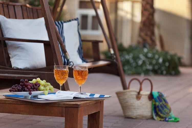 מלון אסטרל וילג' - אווירה