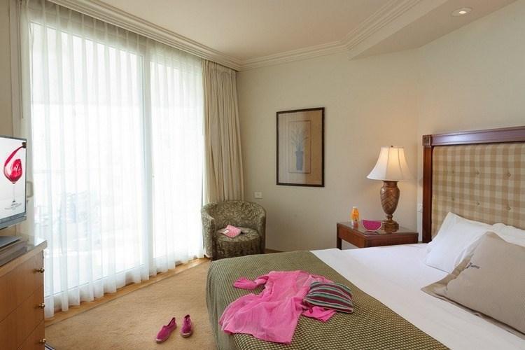 מלון יו סוויטס - סוויטת ירח דבש