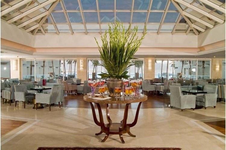 מלון יו סוויטס - לובי
