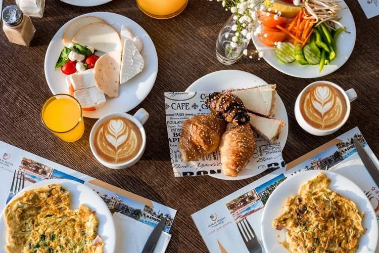 נירוונה קלאב - מסעדות