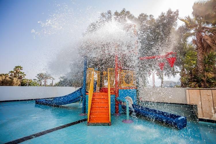 נירוונה קלאב - שעשועי מים