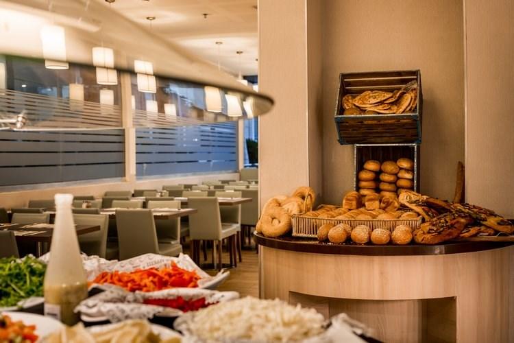 נירוונה סוויטס - מסעדות