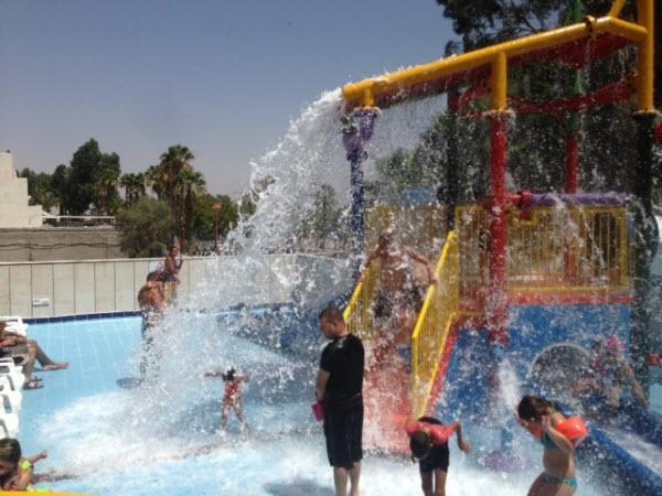 01-מתקני מים לילדים