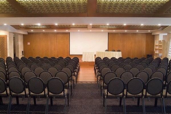 מלון יו סוויטס - אולם כנסים